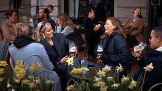 İsveç'te 8 Nisan'da açık bir bar