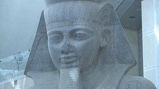"""شاهد: ولكورونا ضحايا من نوع آخر.. تأجيل افتتاح """"المتحف المصري الكبير"""" للعام المقبل"""