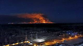 Ukrayna'da yangınlar Çernobil nükleer faciasının yaşandığı bölgeye yaklaştı