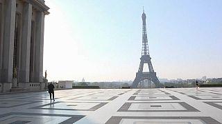 Noch 1 Monat Ausgangssperre: Macht Macron es richtig?