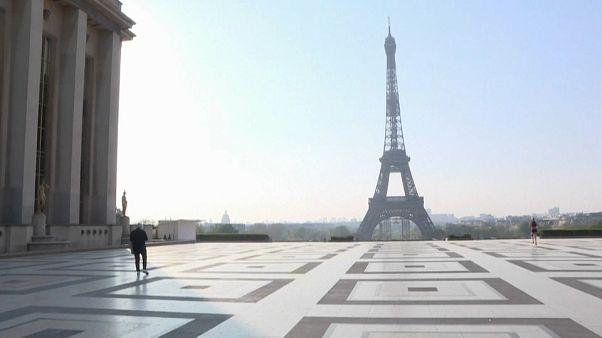 La economía francesa en cuarentena un mes más
