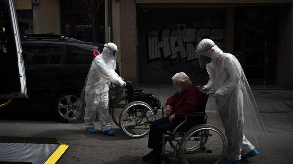 Espanha regista nova subida de mortes diária por coronavírus