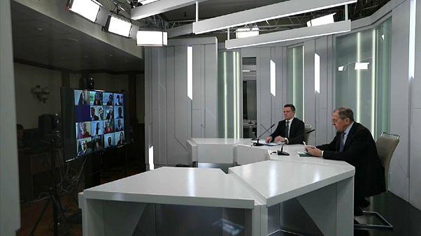 COVID-19: «Δεν έχουμε σχέση με fake news - Μόνο ενωμένοι θα νικήσουμε» λέει ο Λαβρόφ