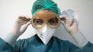 Coronavirus: Italia stabile sul plateau, in 24 ore +675 malati e 602 morti