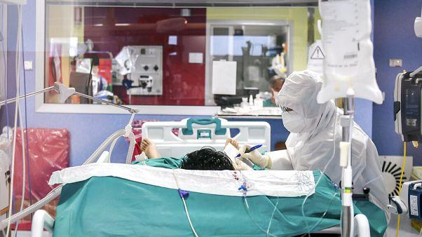 Koronavírus-járvány Magyarországon: megugrott a gyógyultak száma, 12 újabb halálos áldozat