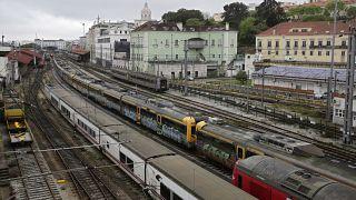¿Por qué Portugal ha sufrido menos el impacto del coronavirus que su vecina España?
