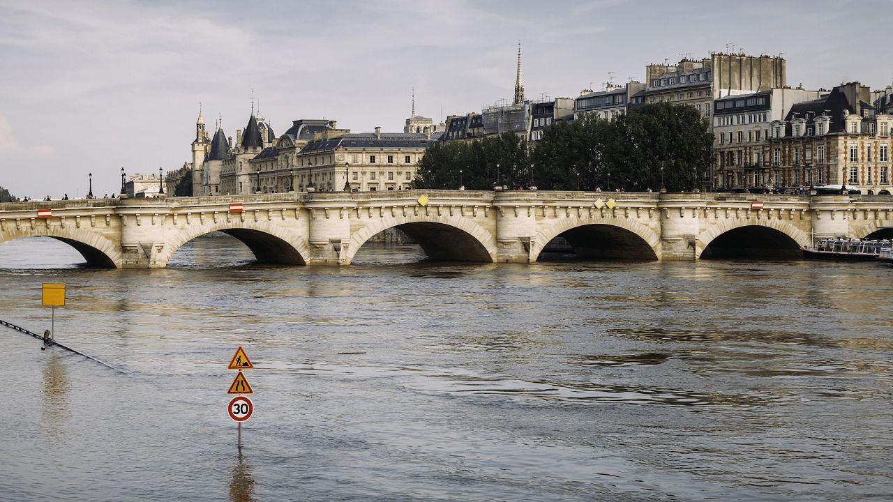 Milyen lépésekre van szükség a városokban az árvizekre való felkészüléshez?