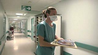 Un plâtrier s'engage à l'hôpital le temps de la crise du coronavirus