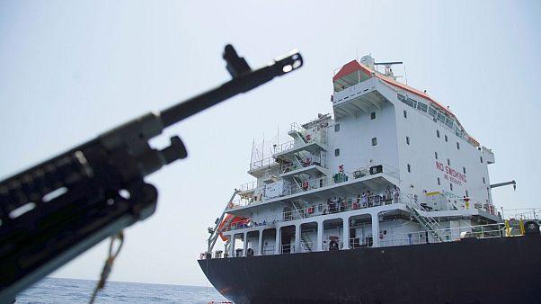 ایران یک تانکر را موقتا در دریای عمان توقیف کرد