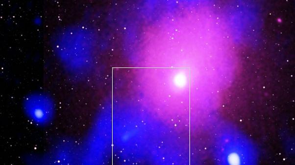 NASA tarafından şubat ayın sonunda yayımlanan bu fotoğraf, bir kara delik patlamasını gösteriyor