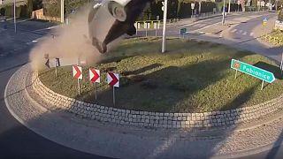 """ΒΙΝΤΕΟ: Ο ¨""""Ιπτάμενος Πολωνός"""" - Το αμάξι του """"απογειώθηκε""""!"""