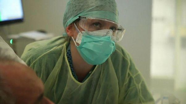 Los riesgos del oficio de enfermera ante el COVID-19