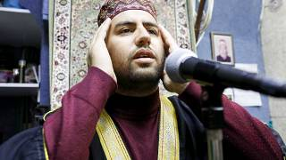 تعرف على العائلة التي توارثت الأذان في المسجد الأقصى