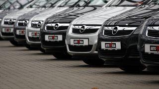 انخفاض مبيعات السيارات في أوروبا 55% الشهر الماضي