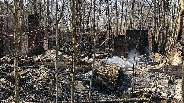 Uno de los edificios arrasados por las llamas