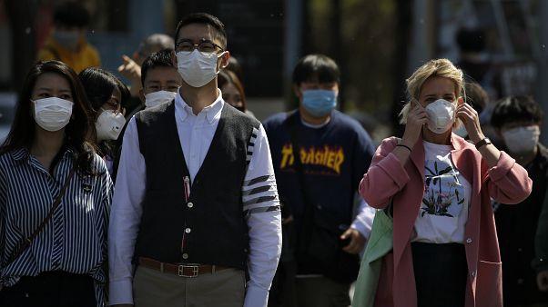 Los extranjeros en China temen una ola de xenofobia por el COVID-19