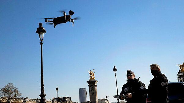 اعتراض فعالان فرانسه به تصمیم دولت برای خرید پهپادهای نظارتی