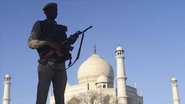 Hindistan'daki İslami Tebliğ Cemaati lideri Muhammet Saad Kandehlevi, koronavirüsün yayılmasına sebep olduğu gerekçesiyle cinayetle yargılanacak.