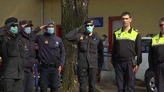 قدردانی ماموران پلیس پرتغال از پرستاران و پزشکان