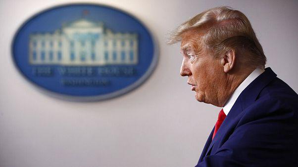 Donald Trump'tan Çin'e koronavirüs çıkışı