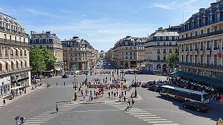 ماسک و تست رایگان؛ تدبیر شهردار پاریس برای پایان قرنطنیه در پایتخت فرانسه