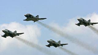 ناوگان هوایی آلمان با ۹۳ یوروفایتر و ۴۵ جنگنده اف۱۸ به روز میشود