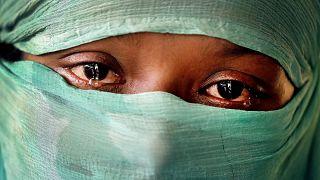 Myanmar ordusuna bağlı askerlerin cinsel tacizine maruz kalan 22 yaşındaki Arakanlı F.