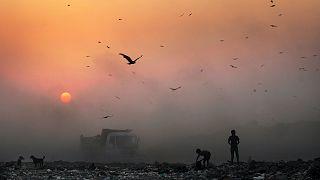 Naplemente Új-Delhiben (archív)