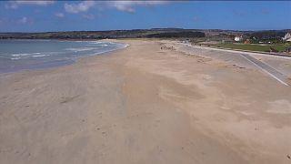 Θύμα του κορονοϊού οι παραλίες - και ο τουρισμός - της Κορνουάλης