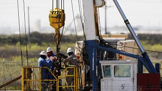 US oil prices plunge below zero amid coronavirus pandemic