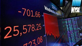 Küresel piyasalar petrol fiyatlarındaki tarihi düşüşle sarsıldı