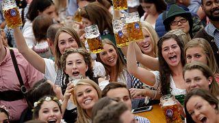 مهرجان البيرة الألماني الشهير ضحية جديدة لكورونا