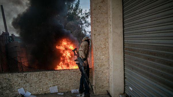 Libya Ulusal Mutabakat Hükümeti'ne bağlı bir savaşçı. Trablus