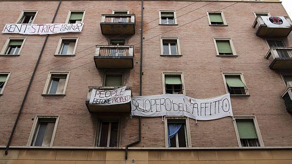 """""""Viviamo di contrattini e lavoretti"""": il condominio di precari proclama lo sciopero dell'affitto"""