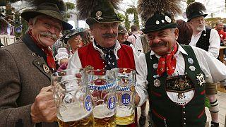 Covid-19: Dünyanın en büyük bira festivali Oktoberfest bu sene düzenlenmeyecek