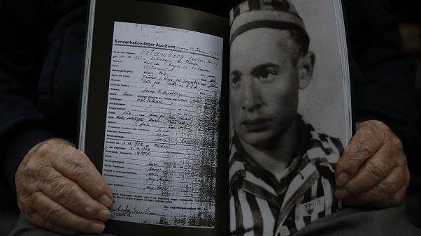 Extermínio dos Roma e Sinti comemorado em Auschwitz-Birkenau