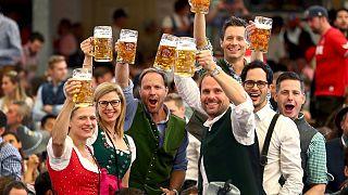 شیوع کرونا جشنوارۀ سالانۀ آبجوخوری آلمان را لغو کرد