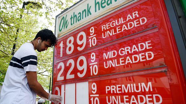 السعودية نيوز |      ماذا يعني أن يكون سعر النفط سلبياً؟