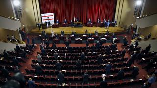 البرلمان اللبناني يقر اقتراح قانون تنظيم زراعة القنب خلال جلسته التشريعية التي عقدها خارج مقره