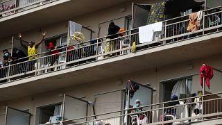Migrantes com Covid-19 preocupam Grécia