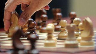 Dünya Satranç Şampiyonası Covid-19 nedeniyle 'online' gerçekleşecek, Kasparov da oyuncular arasında