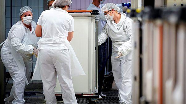 Βέλγιο: Πάνω από 6.200 νεκροί συνολικά - Πτωτική τάση στους ρυθμούς εισαγωγής στα νοσοκομεία