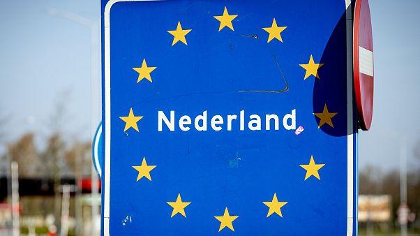 11. Mai: Erster Schultag für niederländische Kinder