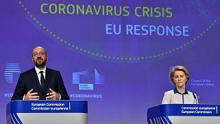 مؤتمر صحفي لرئيسة المفوضية الأوروبية أورسولا فون دير لين  ورئيس المجلس الأوروبي تشارلز ميشيل في مقر الاتحاد الأوروبي في بروكسل في 15 أبريل / نيسان.2020.