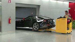 La industria del automóvil reinicia poco a poco su actividad