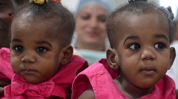 Nijerya'da 68 yaşında bir kadın tüp bebek yöntemiyle ikiz bebek sahibi oldu