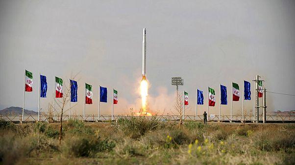 Aggasztja a világot az Iráni Forradalmi Gárda katonai műholdja