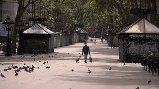 La Rambla de Barcelona vacía en el Día de Sant Jordi