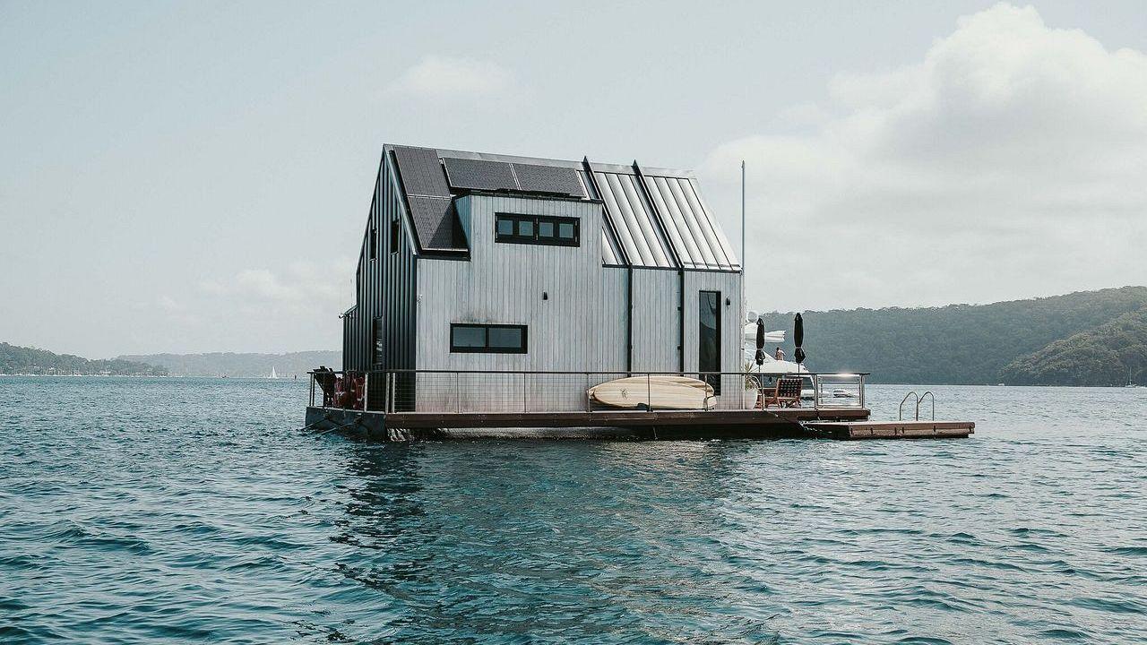 Lilypad Palm Beach, Airbnb