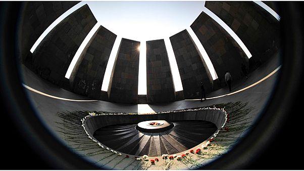 في مراسم مختلفة عن السنوات السابقة.. أرمينيا تحيي ذكرى الإبادة رغم وباء كوفيد-19
